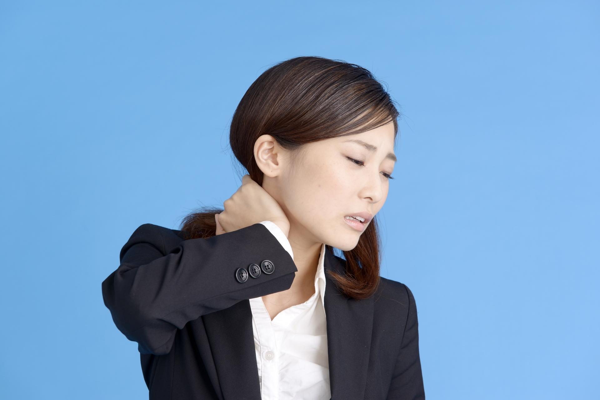 スマホ依存して体調の不調もあった友人が、体調改善しスマホを触る時間が劇的に減った方法をご紹介